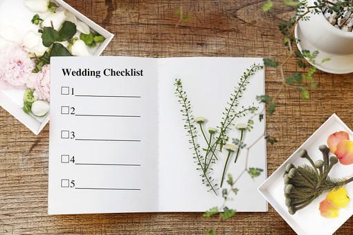 押し花の花材と、チェックリスト用紙