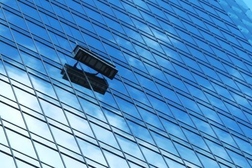窓拭き清掃のゴンドラ